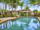 8 Burcott Court Carrara, QLD 4211