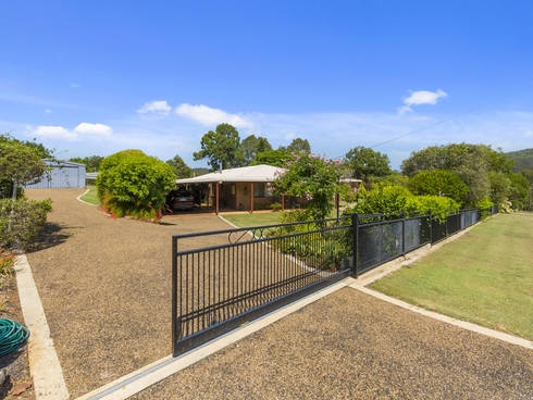 16 Brough Court Esk, QLD 4312