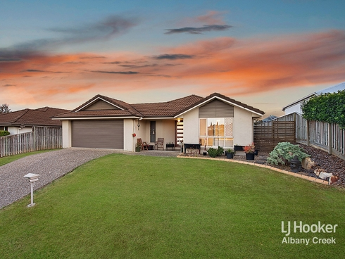 1 Bend Court Eatons Hill, QLD 4037