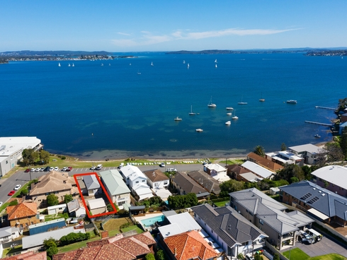 11 The Parade Belmont, NSW 2280