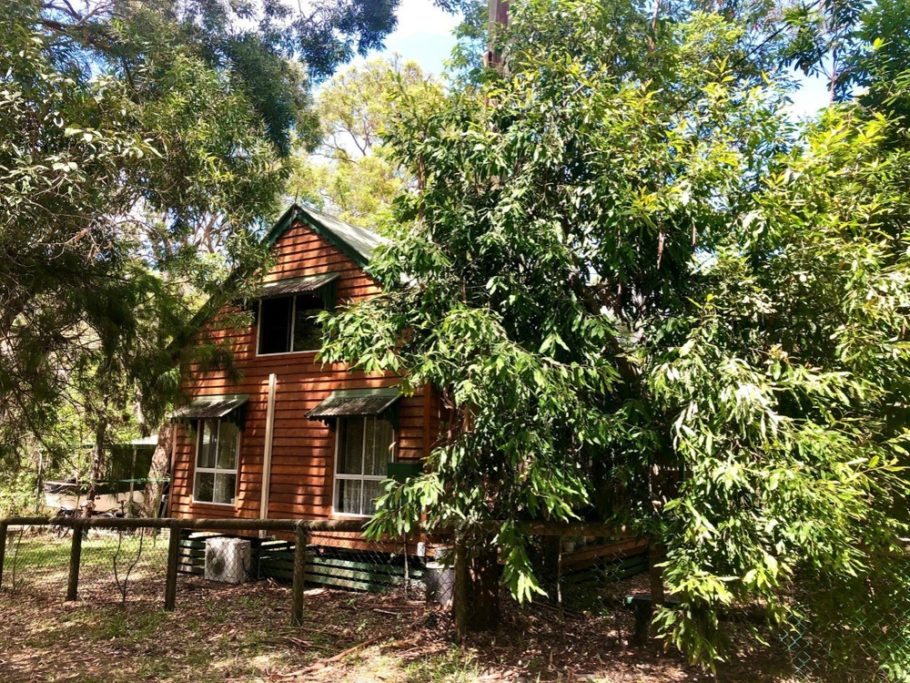 28 Karrawarra Street Macleay Island, QLD 4184