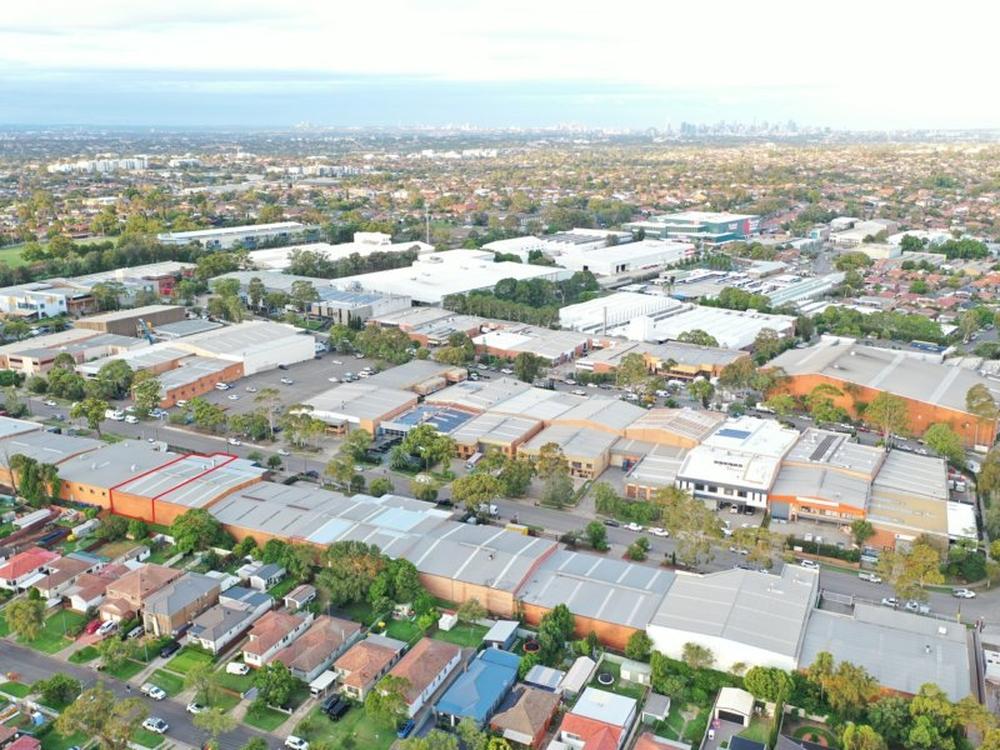 2/49 Garema Circuit Kingsgrove, NSW 2208