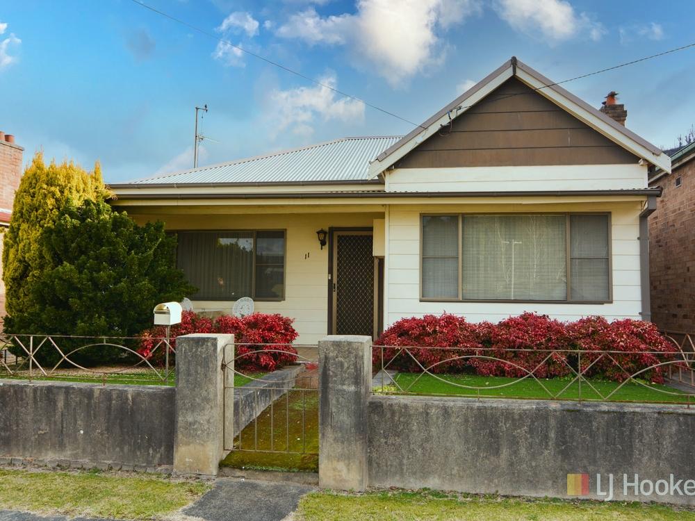11 Atkinson Street Lithgow, NSW 2790