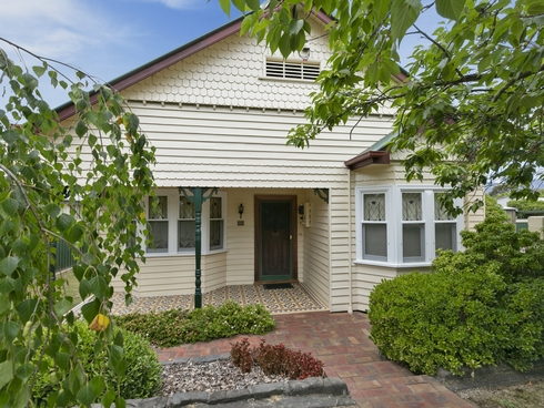 15 High Street Eildon, VIC 3713