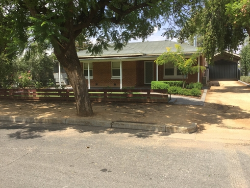 7 Oak Street Loxton, SA 5333