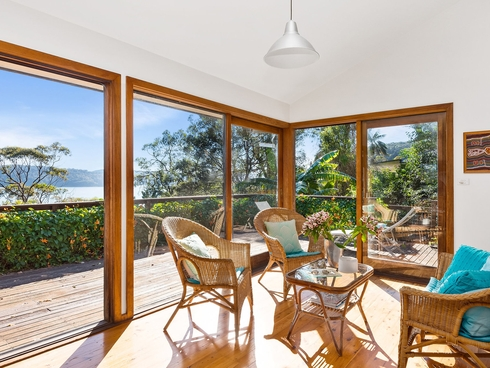 2B Surf Road Palm Beach, NSW 2108