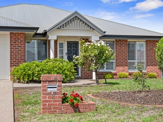 2 Degan Court Highfields , QLD, 4352