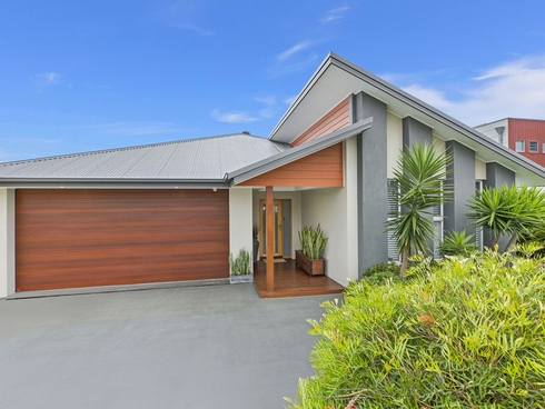 19 Gordon Road Long Jetty, NSW 2261