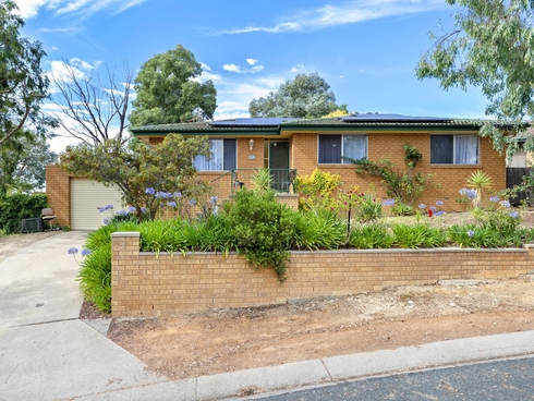 3 Dean Place Charnwood, ACT 2615