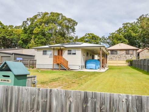 68 Jackson Road Russell Island, QLD 4184