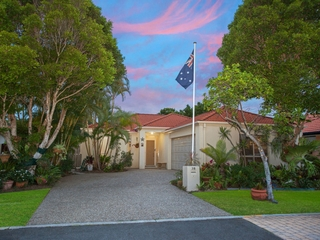 38 Gardendale Cr Burleigh Waters , QLD, 4220