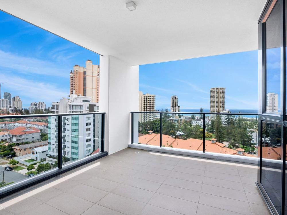 34/31 Queensland Avenue Broadbeach, QLD 4218