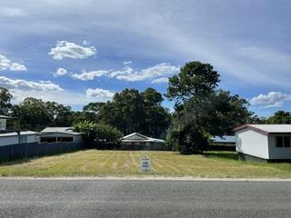 13 Francis Road Macleay Island , QLD, 4184