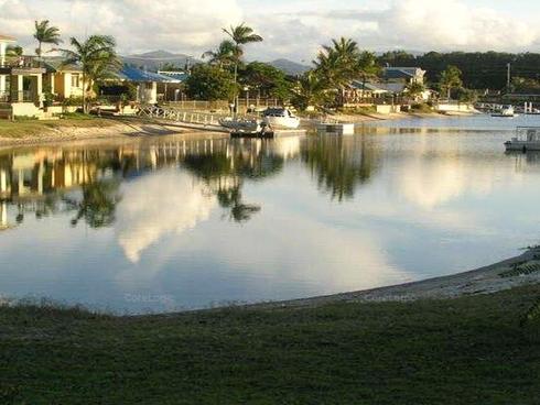2 Marlin Court Palm Beach, QLD 4221