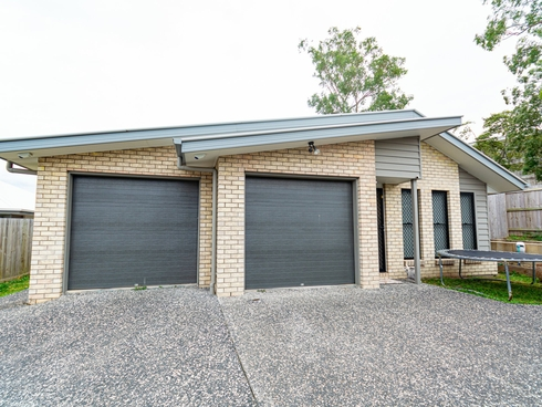 17 Chandon Court Hillcrest, QLD 4118