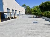 8 Distribution Avenue Molendinar, QLD 4214