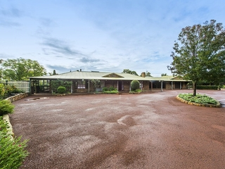 9 Adelaide Crescent Helena Valley , WA, 6056