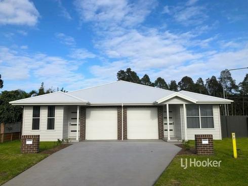 2/56 Bowerbird Street South Nowra, NSW 2541