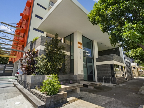 54/171 Scarborough Street Southport, QLD 4215