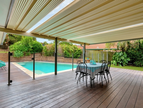 21 Peter Thomson Drive Parkwood, QLD 4214