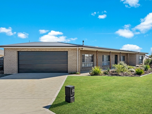 22 Threadtail Street Chisholm, NSW 2322