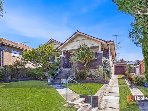 9 Gueudecourt Avenue Earlwood, NSW 2206