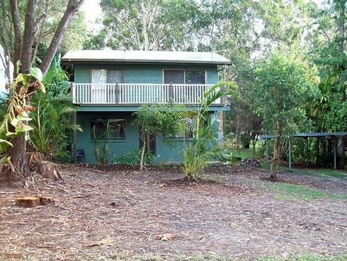 14 Kooberry Street Macleay Island, QLD 4184