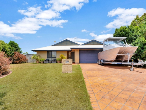 5 Coonowrin Street Pacific Pines, QLD 4211