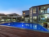 1 Trimaran Place Clear Island Waters, QLD 4226