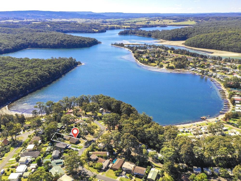 38 Wallaroy Drive Burrill Lake, NSW 2539