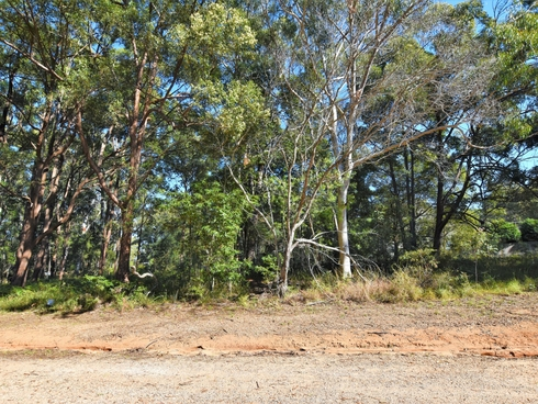 31 Forest Hill Rd Russell Island, QLD 4184