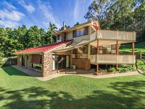 18 Tuesday Drive Tallebudgera Valley, QLD 4228