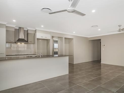 3 Idalia Street Pimpama, QLD 4209