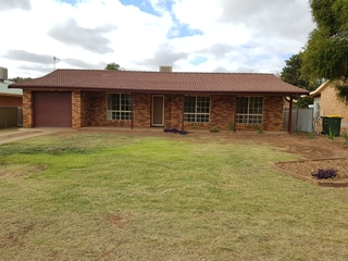 12 Galloway Drive Dubbo , NSW, 2830