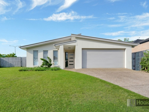 59 Harmsworth Road Pacific Pines, QLD 4211
