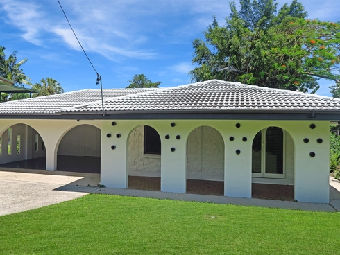 26 Ponticello Street Whitfield, QLD 4870