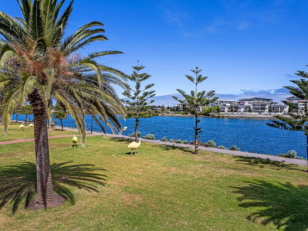 5 Sarnia Way Port Adelaide, SA 5015