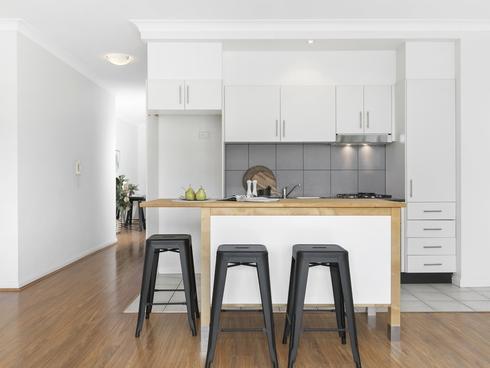 315/11A Lachlan Street Waterloo, NSW 2017