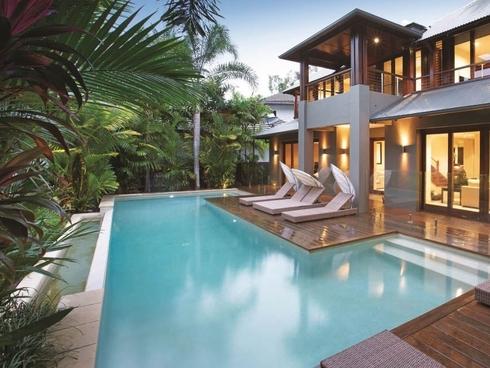 Villa Omaroo/26 Beachfront Mirage Port Douglas, QLD 4877