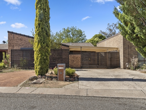 6 Moorehead Place Latham, ACT 2615