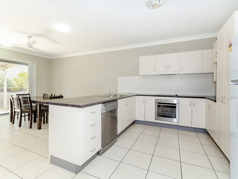 Unit 11/216 Oaka Street South Gladstone, QLD 4680