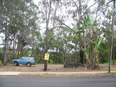 2-4 Lucas Drive Lamb Island, QLD 4184