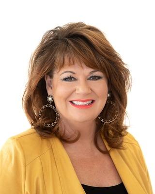 Julie Farrell profile image