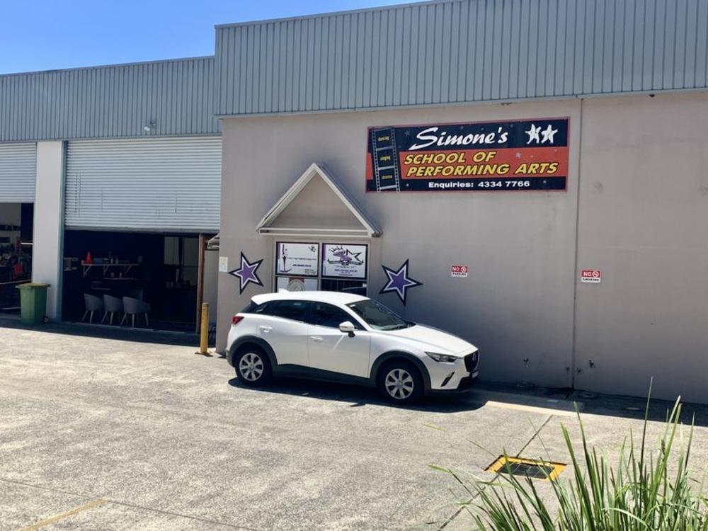 Unit 2 & 3/10 Bon Mace Close Tumbi Umbi, NSW 2261