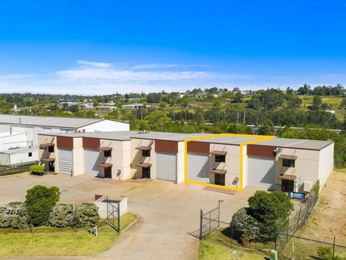 4/14 Civil Court Harlaxton, QLD 4350