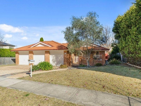 14 Stirling Drive Bowral, NSW 2576