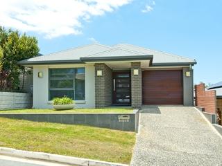 9 Baspa St Holmview, QLD 4207