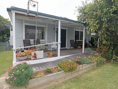 12 Swan Avenue Cudmirrah, NSW 2540