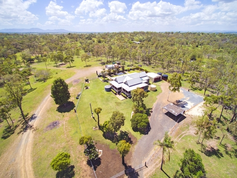 105 Black Gin Creek Road Alton Downs, QLD 4702
