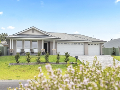67 Golden Wattle Drive Ulladulla, NSW 2539